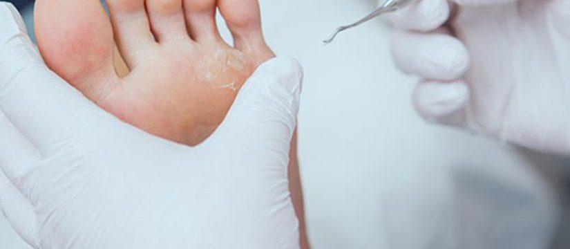 Dr-dermatolog-Elena-Crihan-bataturi